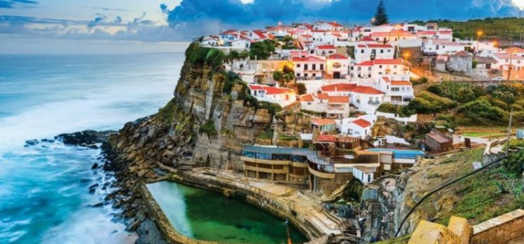 Παράξενοι νόμοι παγκοσμίως που πρέπει να γνωρίζετε αν σκοπεύετε να ταξιδέψετε