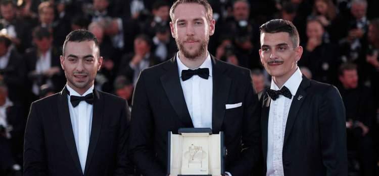 Βασίλης Κεκάτος: Ο πρώτος Έλληνας που βραβεύεται με Χρυσό Φοίνικα στο Φεστιβάλ Καννών