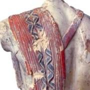 Εκπληκτικό άγαλμα από την αρχαία Κόρινθο, που διασώθηκε και ο χρωματισμός του!