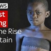 Ο τρόμος του «σιδερώματος του στήθους» στα μικρά κορίτσια