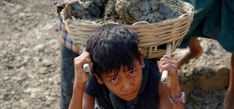 Στα 218 εκατομμύρια ο αριθμός των παιδιών που υποβάλλονται σε παιδική εργασία