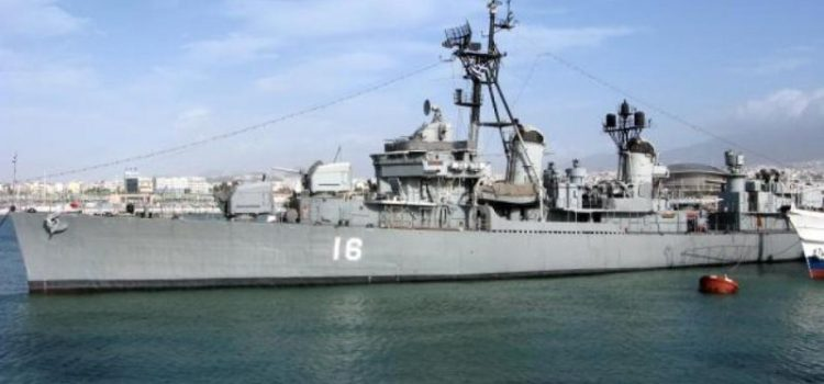 To ιστορικό αντιτορπιλικό ΒΕΛΟΣ πλέει προς τη Θεσσαλονίκη