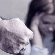 Σημαντική αύξηση των περιστατικών ενδοοικογενειακής βίας τις ημέρες της «καραντίνας» – Τι δείχνουν τα στοιχεία