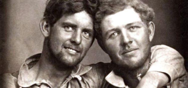 Βιβλίο με φωτογραφίες gay ζευγαριών του 19ου αιώνα κάνει θραύση παγκοσμίως