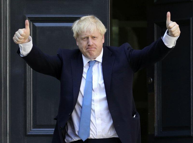 Boris-Johnson-enters-Buckingham-Palace-as-British-PM