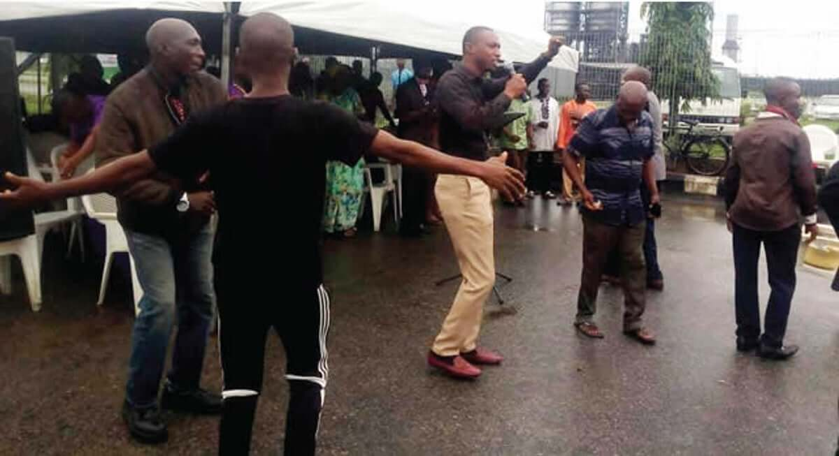 Day-5-protest,-NNPC-workers-hold-service-inside-refinery