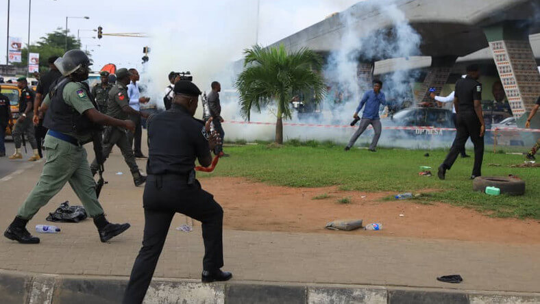 Journalists,-10-others-arrested-in-Lagos,-Calabar