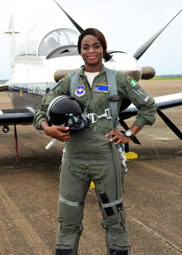 First-female-fighter-jet-pilot,-Kafayat-Sanni