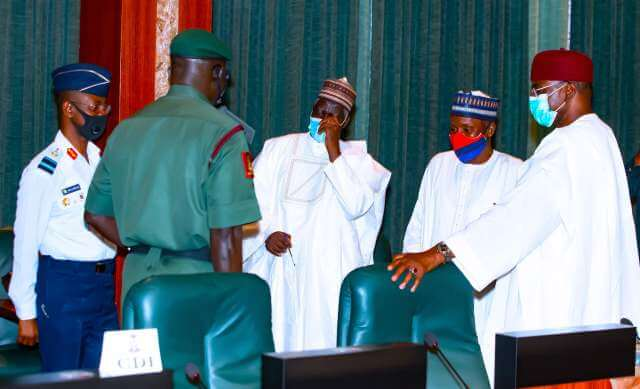 service-chiefs-underperforming-president-buhari