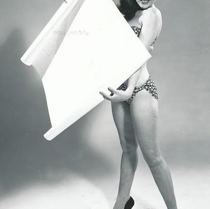 postergirl4-sm.jpg