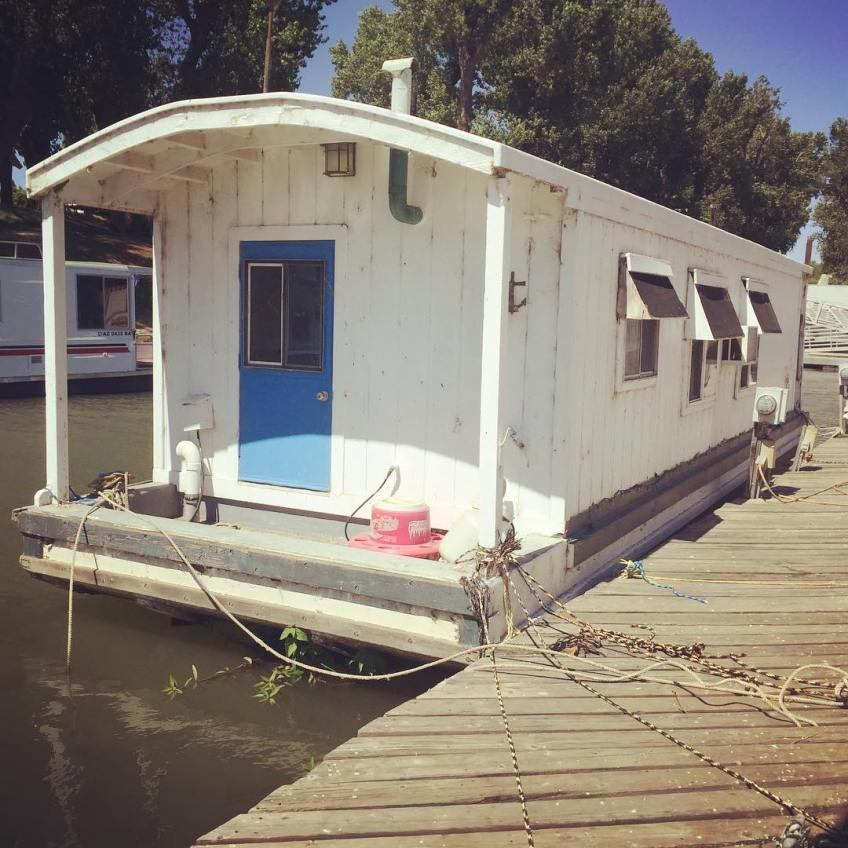 Classic shantyboat, Phoenix, at Sherwood Marina