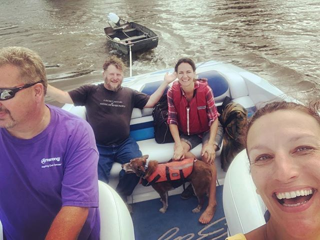 Maritime hitchhiking: We took the johnboat down into town for lunch, but by the time we headed back, the storm had kicked up large waves. We took the prudent course and turned back around. Matt and Leanne offered us a ride in their fancy boat back to the shantyboat. #shantyboat #rescue #hudsonriver #weather