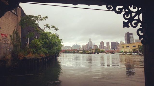 Just sitting on our back deck drinking my morning coffee looking up Newtown Creek to Manhattan and the Empire State #shantyboat #manhattan #nbrooklyn #newtowncreek