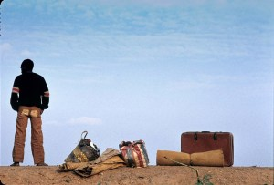 ¿Qué tiene de malo la aspiración de conseguir lo que no han logrado otros?. Soñando con emigrar en la frontera tanzano-ruandesa. (Foto: LUIS DAVILLA)
