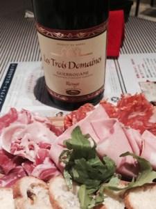 平塚のワインバルで見つけたモロッコ産赤ワイン