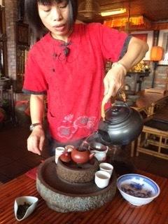 阿妹茶酒館の烏龍茶