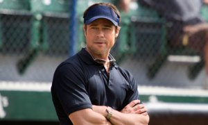 Brad-Pitt-in-Moneyball.-007