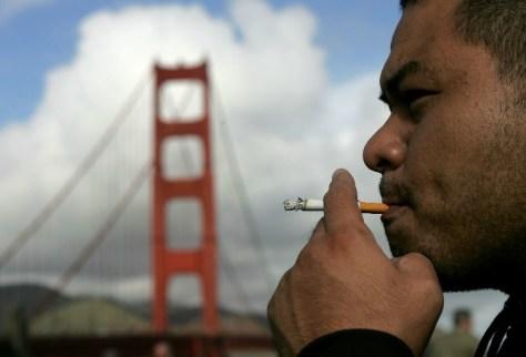 smoking2-698c0074376bea246f3fcf5ab527a5cc