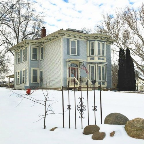 Winter in beautiful Iowa-peppermillbnb-bnb