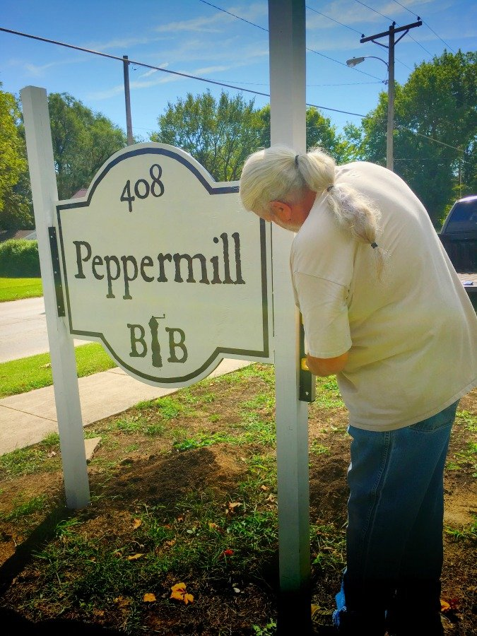 We have a SIGN!!!-peppermillbnb-going