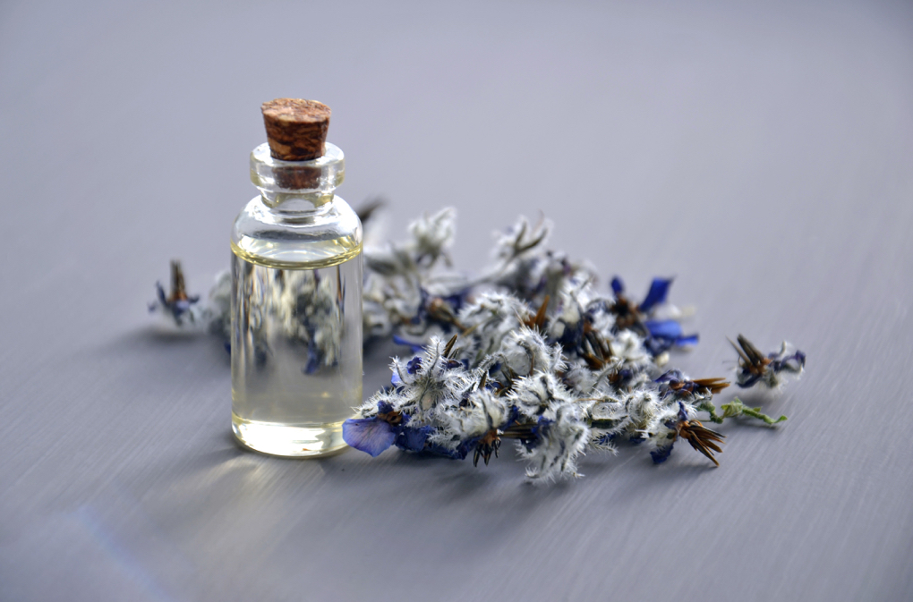 1020 - aromatherapy-aromatic-bottle-932577