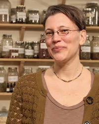 Photo of clinical herbalist Katja Swift