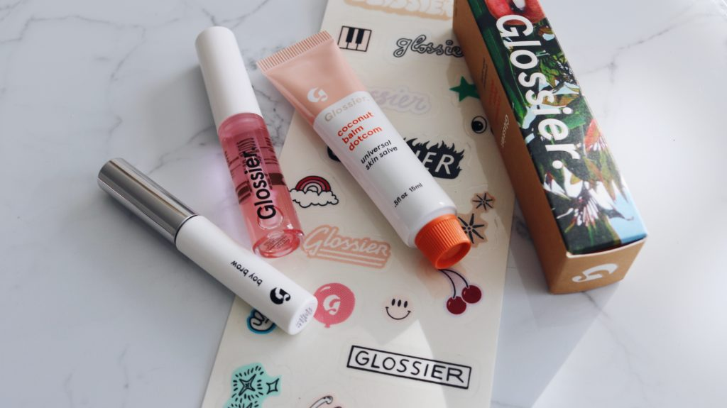 GLOSSIER GIVEAWAY