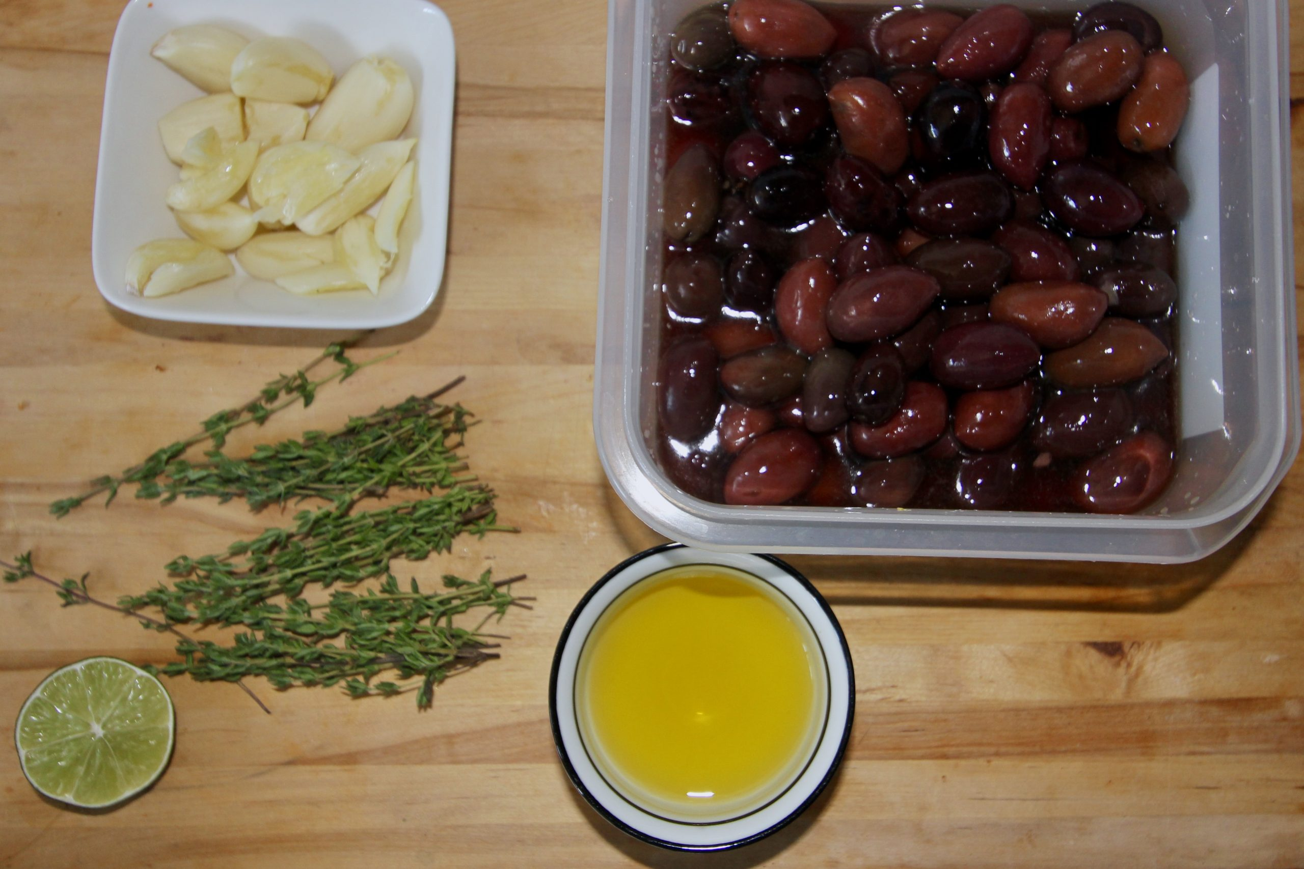 Kalamata olives with thyme and garlic