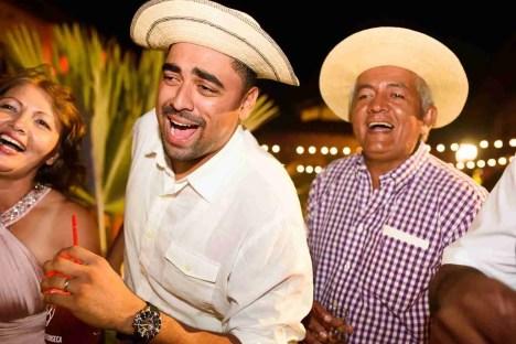 Fiesta de Boda-Peppo Photography