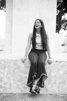 Monumento en Plaza de Francia con risa blanco y negro -Peppo Photography