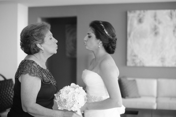 Besitos madre e hija-Peppo Photography