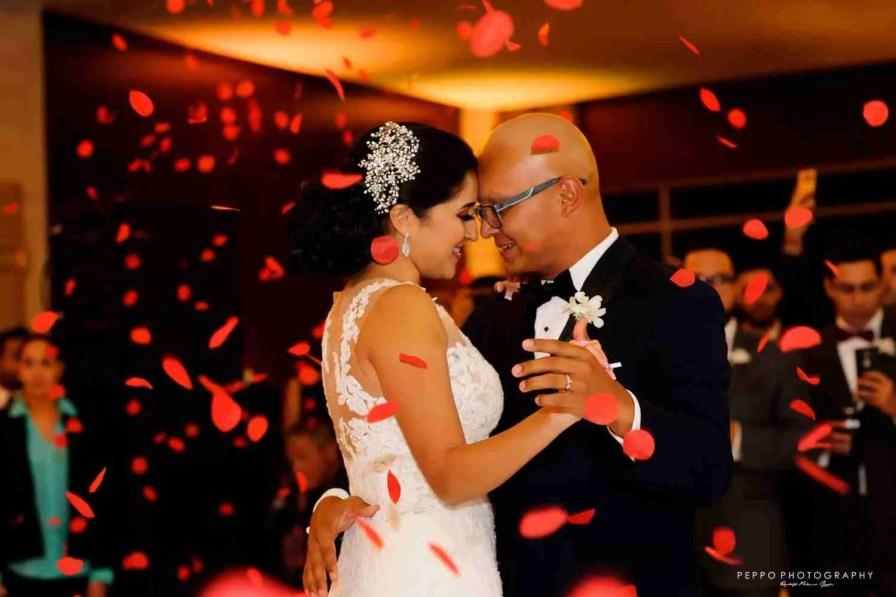Julissa y Chemito, Un amor para siempre por Peppo Photography