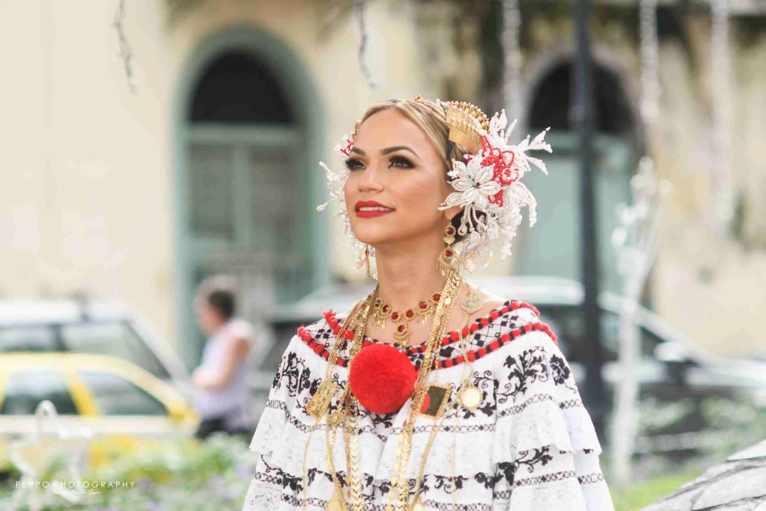 Retrato de Mujer Panameña