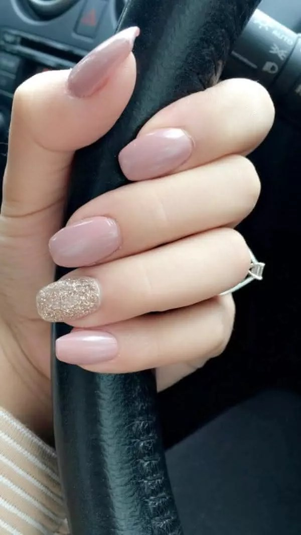Cute Nails And Coral Gold