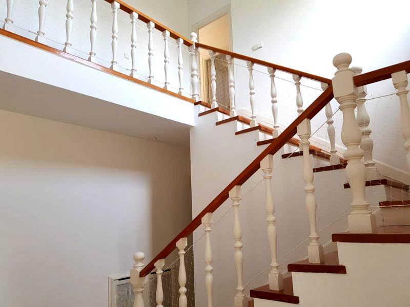 red-seguridad-escalera