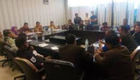Buruh Masih Tuntut UMSK, KBB Bentuk Dewan Pengupahan