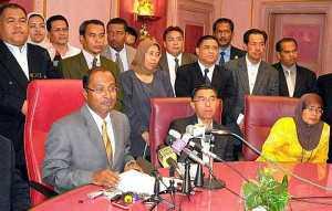 Ketua Pemuda PAS Perak Wajar Kelebek Punggungnya Dulu