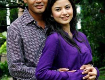 Lisa & Yusri Nikah 23 Februari