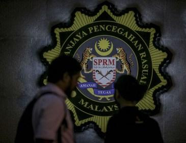 SPRM tumpaskan sindiket rasuah jualan dokumen hasil kerajaan