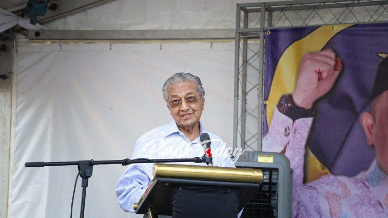 Saya tidak khianati rakyat, Dr M jelaskan beliau letak jawatan kerana 'tiada pilihan'