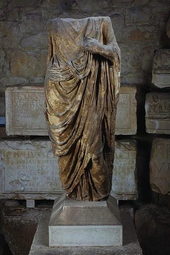 Kip muškarca u togi, Salona, pr.pol.1. st.