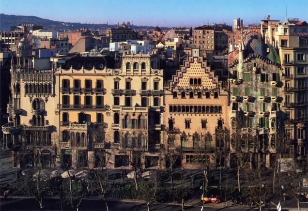 Illa de la Discòrdia - Casa Lleó Morera, Casa Ramon Mulleras, Museu del Perfum, Casa Amatller, Casa Batlló
