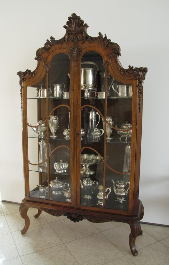 Pučka dvorana - vitrina sa srebrninom
