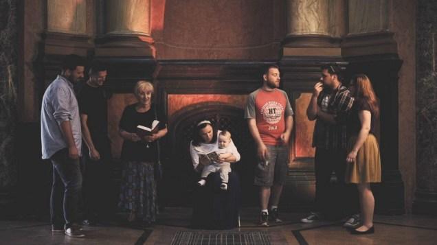 Sacra conversazione - video rad, 19 min i 47s, 2016.