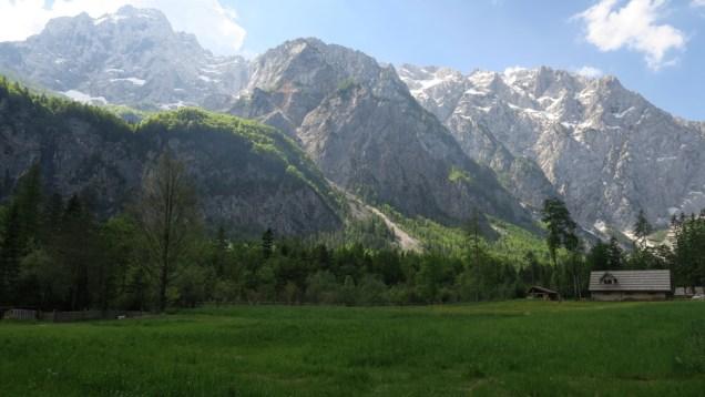 Šetnja kroz Logarsku dolinu