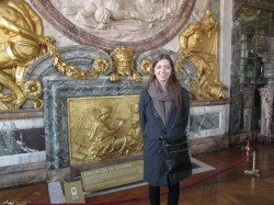 Don't mind the bulky clothing- it was cold outside (and in the palace).
