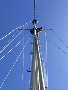 Jamie up the mast!