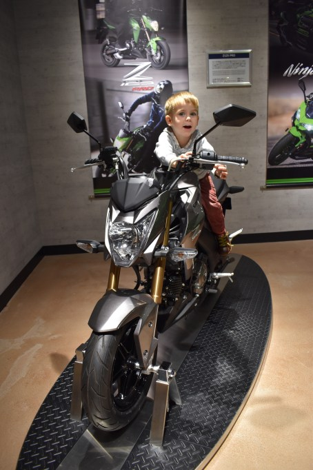 Checking out the new models (Kawasaki World, Kobe)
