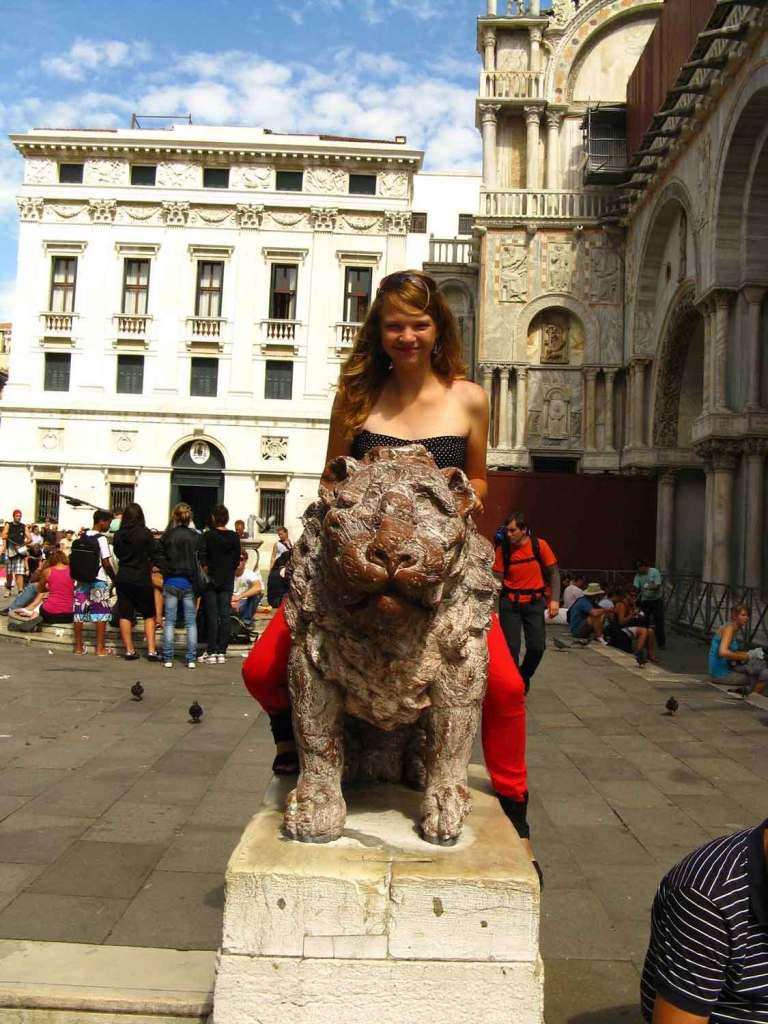 Daria przed bazyliką San Marco