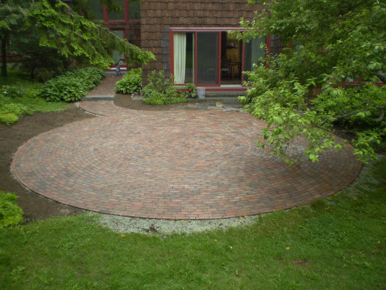 Reclaimed-Brick Patio, Cumberland Foreside, Maine ... on Backyard Brick Patio id=18739